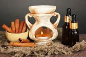 Aromaterapia lampa na szarym tle — Zdjęcie stockowe
