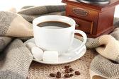Kahve ile atkı yakın çekim — Stok fotoğraf
