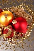 Juldekoration på grå bakgrund — Stockfoto