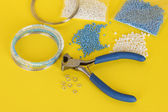 Set for needlework on yellow background — 图库照片