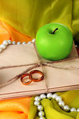 Conceptual photo wedding in apple style — Zdjęcie stockowe