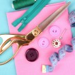 Sewing accessories and fabric close-up — Stock fotografie
