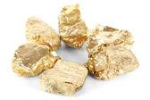 Pepite d'oro isolati su bianco — Foto Stock