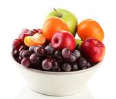 Tazón de fuente con frutas, aisladas en blanco — Foto de Stock