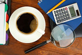 Kahve worktable üzerinde kapat — Stok fotoğraf