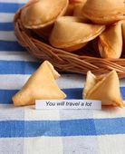 Fortune cookies sur nappe bleue — Photo