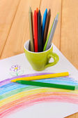 Colorful pencils in cup on table — 图库照片