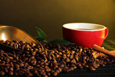 Cereal coffee,cup and scoop on bright background — Stock Photo