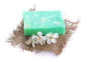 Jabón natural hecho a mano, aislado en blanco — Foto de Stock