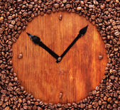 Wall clock of coffee beans, close up — Stock Photo