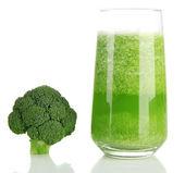 Szklanka soku brokuły, na białym tle — Zdjęcie stockowe