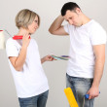 Young couple doing renovation togethe — Stock Photo