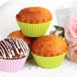 Sweet cupcakes close up — Stock Photo