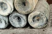 Vecchie bottiglie di vino, close-up — Foto Stock