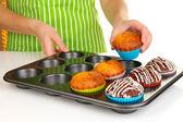 Preparing tasty muffin cakes close up — Stock Photo