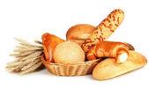 Variedad de pan aislado en blanco — Foto de Stock