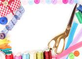 Primer plano de la tela y accesorios de costura — Foto de Stock