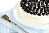 Cheesecake com frutas frescas na chapa branca closeup — Foto Stock