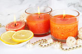 Romantic lighted candles close up — Stockfoto