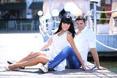 Beautiful young romantic couple — Stockfoto