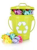 Recycle bin geïsoleerd op wit — Stockfoto