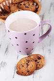 Cocoa drink and cookies on wooden background — Foto Stock