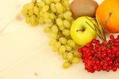 Kochen-Konzept. Lebensmittel auf Holztisch — Stockfoto