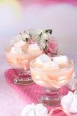 Tasty yogurt with marshmallows, close up — Stock Photo