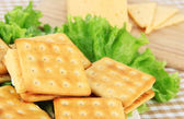 Sandwich crackers with cheese close up — Stok fotoğraf