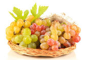 Ripe sweet grape in basket, isolated on white — 图库照片