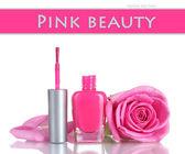 Smalto rosa con rosa su sfondo bianco — Foto Stock