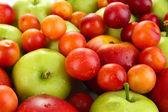 Juicy fruits background — Stock Photo