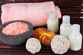 Beautiful spa setting on bamboo mat close up — Stock Photo