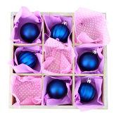 Vackert förpackade jul leksaker, isolerad på vit — Stockfoto