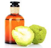 Osage Orange fruits (Maclura pomifera) and medicine bottle, isolated on white — Stock Photo