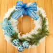 Christmas wreath on wooden background — Stock fotografie