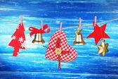 Décorations de Noël sur fond en bois — Photo