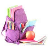 Fioletowy plecak przyborów szkolnych na białym tle — Zdjęcie stockowe