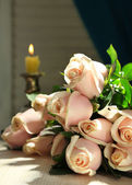 Beautiful bouquet of roses, on dark background — Stock Photo