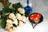 Beautiful bouquet of roses, on light background — Stock Photo