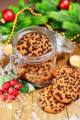 Delicious Christmas cookies in jar on table close-up — Stock fotografie