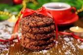 Delicious Christmas cookies in jar on table close-up — Foto Stock