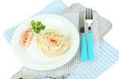 Pasta with shrimps on white plate, isolated on white — 图库照片