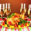 Banquet table with roast chicken on brown background close-up. Thanksgiving Day — Stock Photo #38367187