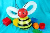 Simple balloon animal bee, on bright background — Photo