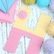 One letter of knit handmade alphabet close up — Stock Photo
