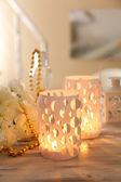 Home decor, kaarslicht op tafel — Stockfoto