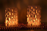 Decoración del hogar, luces de velas de sobre mesa — Foto de Stock