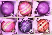 美しいパッケージ クリスマス ボール、クローズ アップ — ストック写真