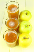 Healthy fresh juice of apples close up — Stock Photo